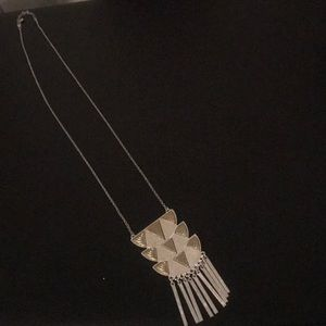 NWOT long tribal necklace